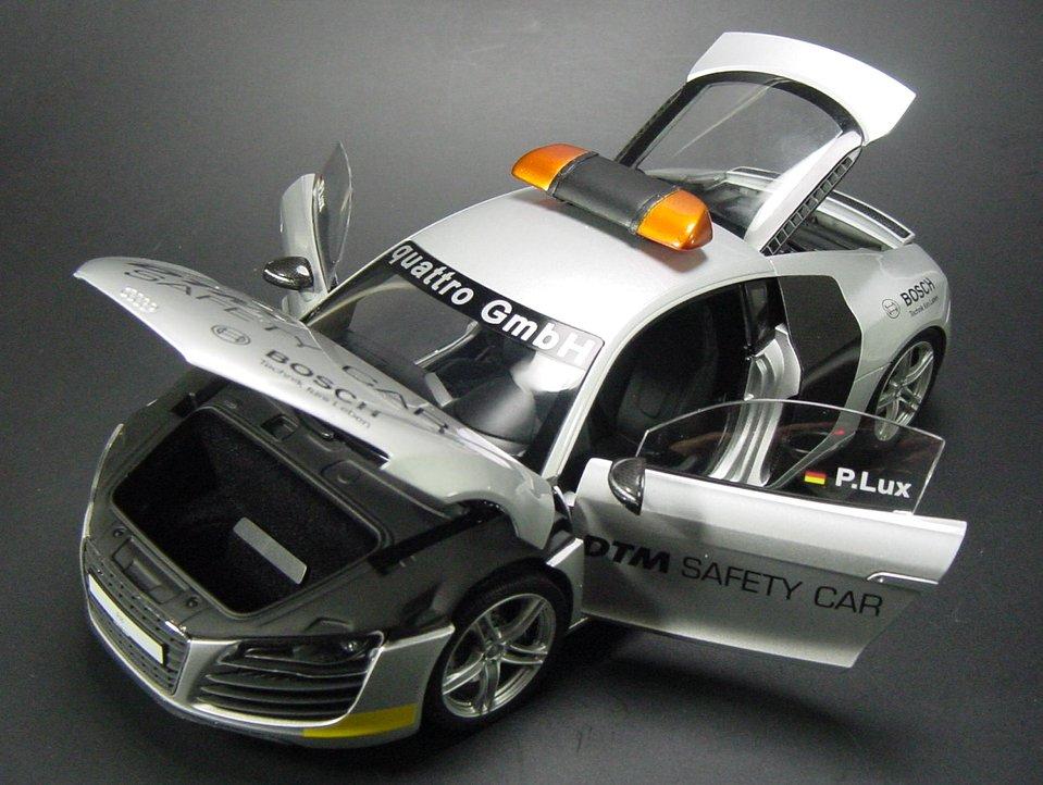 Audi R8 4.2 V8 Engine